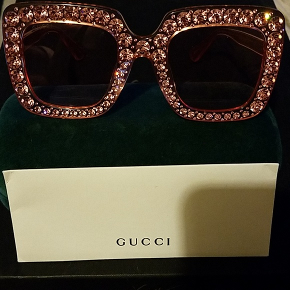 dd9df4894e1e0 Gucci Accessories - Authentic Gucci Shades